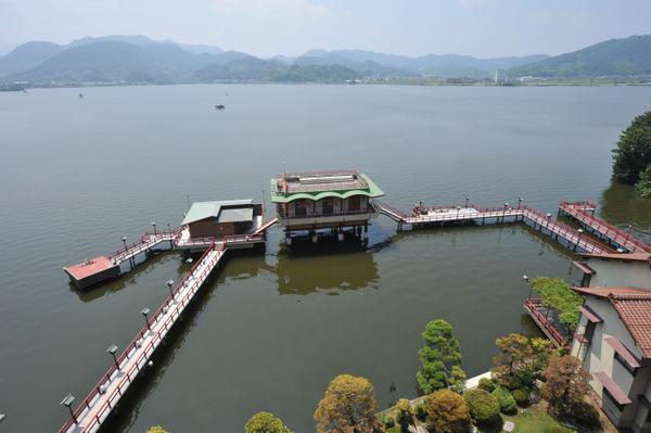 望湖楼 image