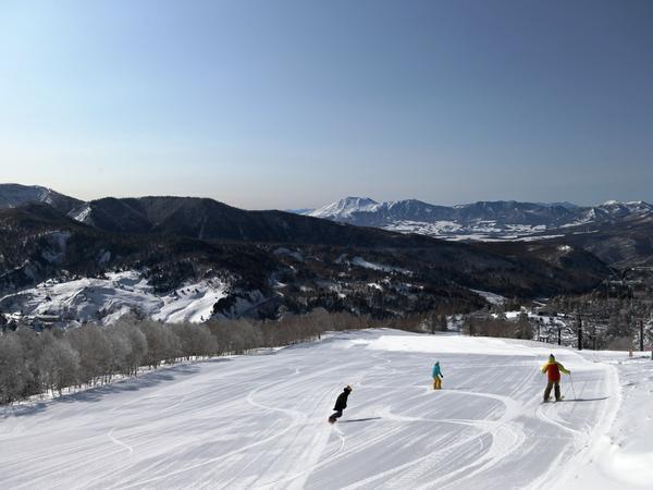 万座温泉スキー場 image