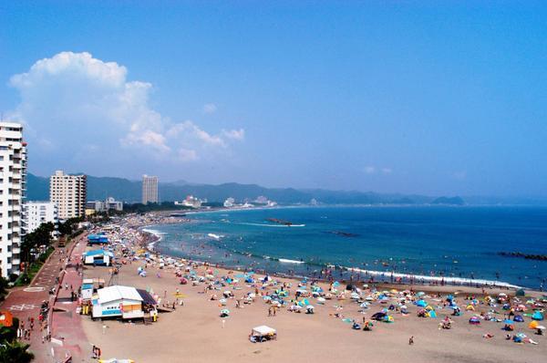 前原海水浴場 image