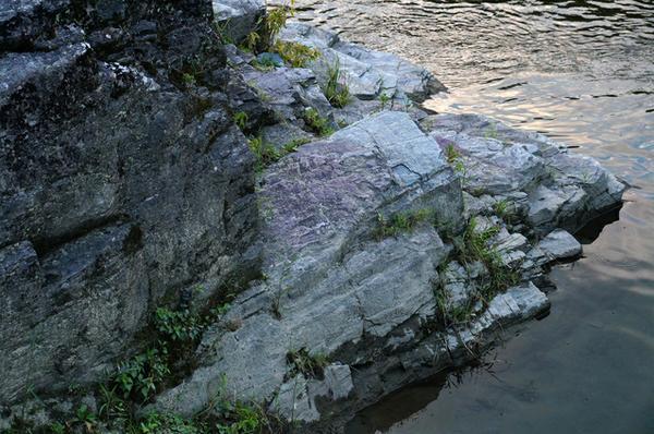 หินชีสต์ไพมอนไทต์ image