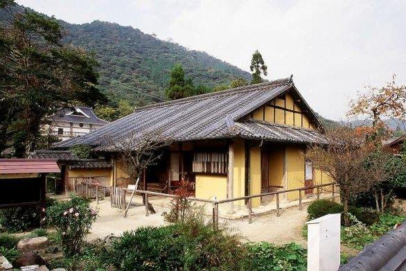 旧目加田家住宅 image