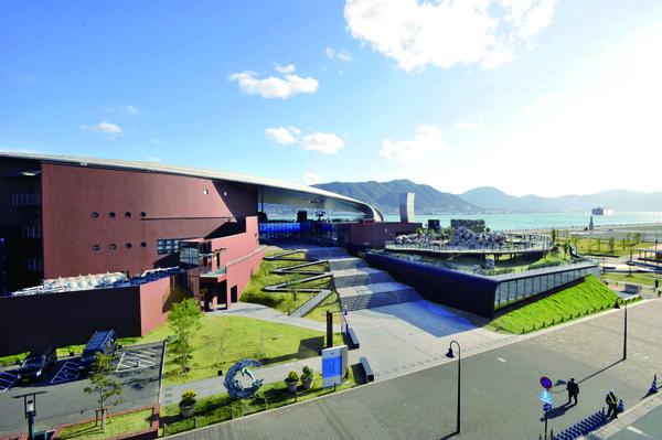 """Shimonoseki Marine Science Museum """"Kaikyokan"""" image"""