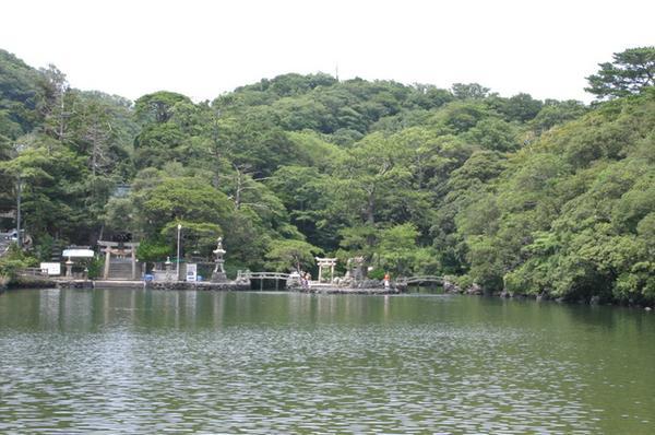 明神池 image