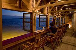 浜辺の茶屋 image