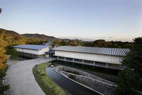 奈良国立博物館 image