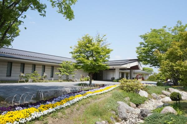 奈良県立万葉文化館 image