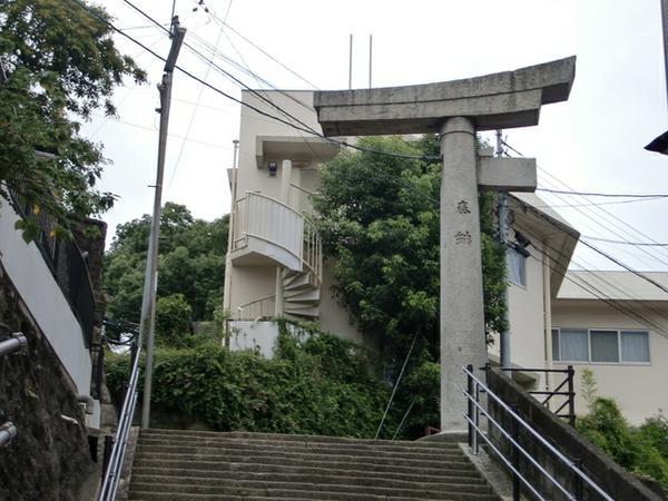 山王神社 二の鳥居(一本柱鳥居) image