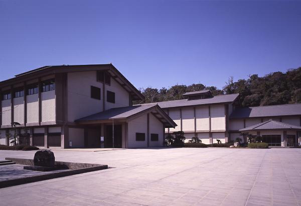 鹿児島県歴史・美術センター黎明館 image