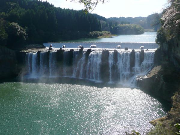 沈堕の滝 image