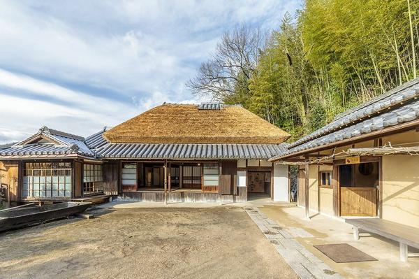 Yumeji Art Museum Yumeji Seika and Shonen Sanso image