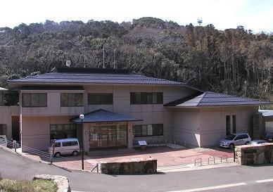 対馬野生生物保護センター image