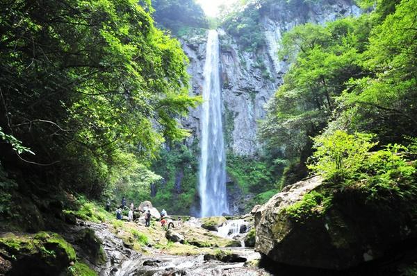 東椎屋の滝 image