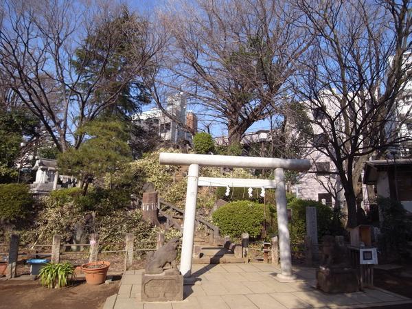 鳩森八幡神社 image