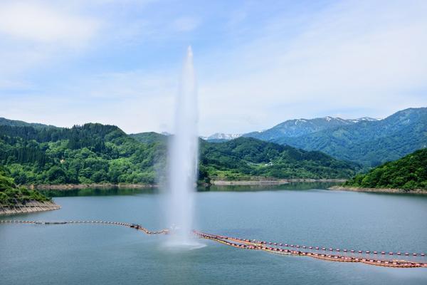 月山湖大噴水 image