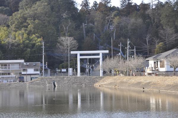 静神社 image