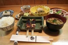 豆腐料理 Marui image