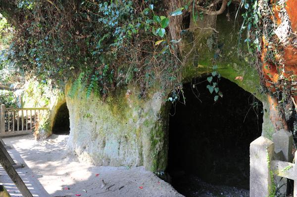 西郷隆盛洞窟 image