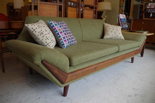 ビンテージ家具のパームスプリングス image