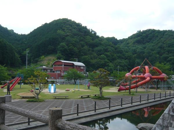 森與湖畔公園 image