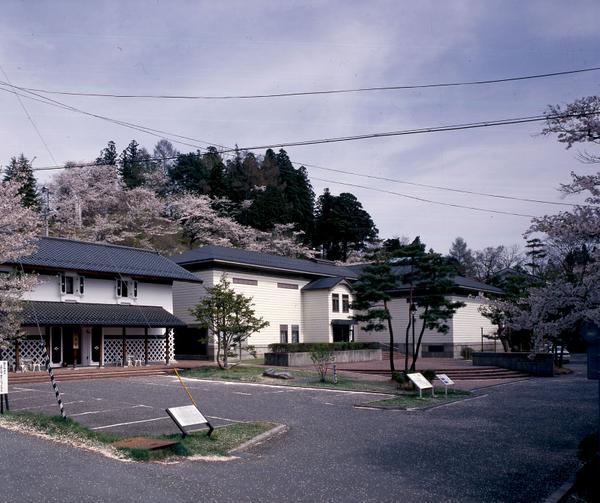 요로즈 데쓰고로 기념 미술관 image