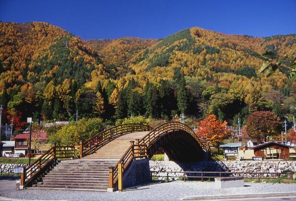 奈良井木曽の大橋 image