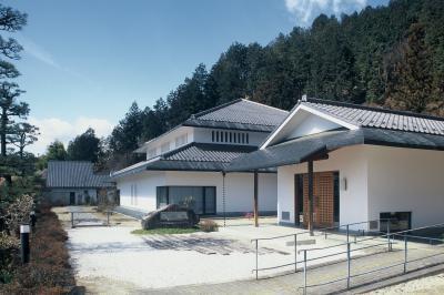竹田扇之助記念国際糸操り人形館 image