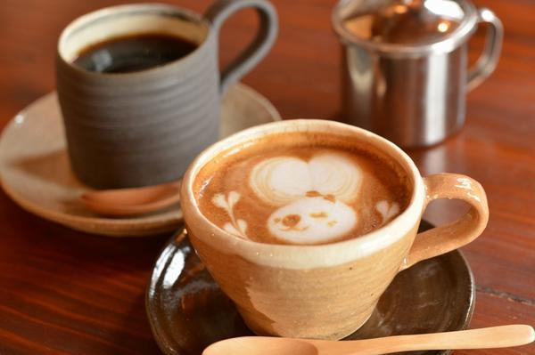 Mikuni Pass Cafe image