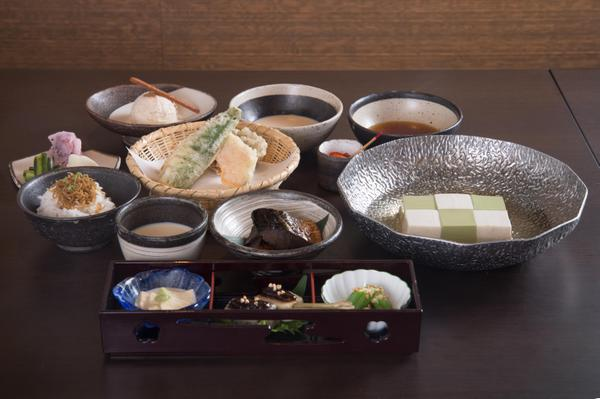 豆腐料理 松ヶ枝 image