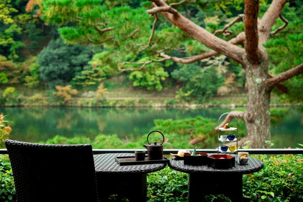 Cafe Hassui Suiran Hotel The Luxury Collection Kyoto image