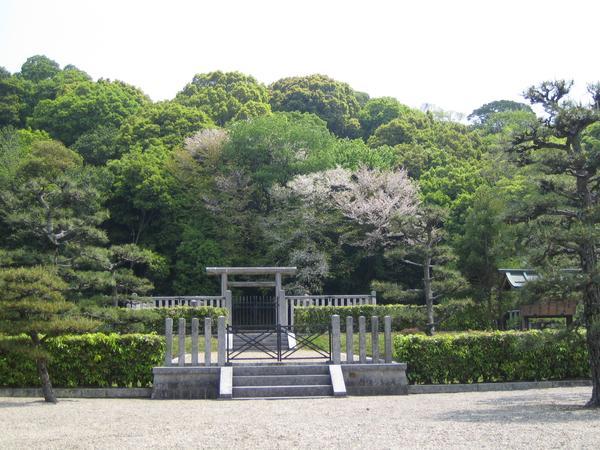 景行天皇陵 image