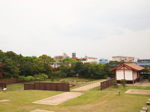 平城京左京三条二坊宮跡庭園 image