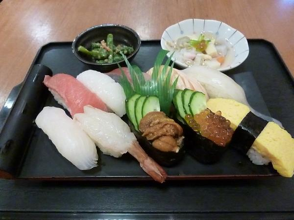 健康寿司 海鮮家 image