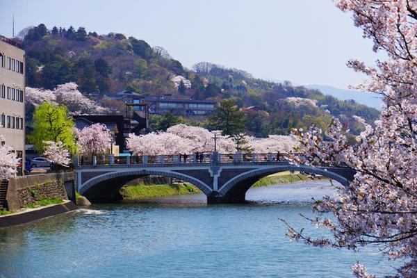 浅野川大橋 image