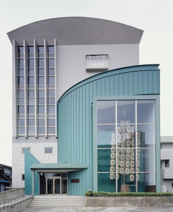 Akita Folk Art Tradition Museum (Neburi-nagashi Museum)