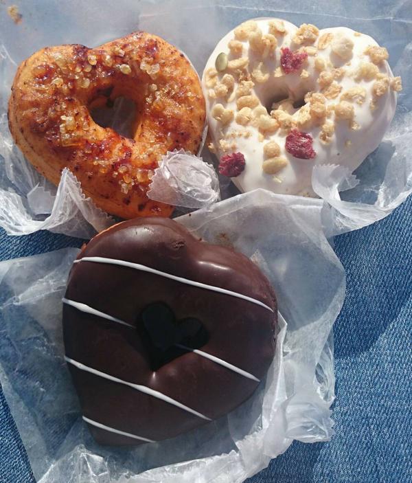 晚霞咖啡廳 甜甜圈 image