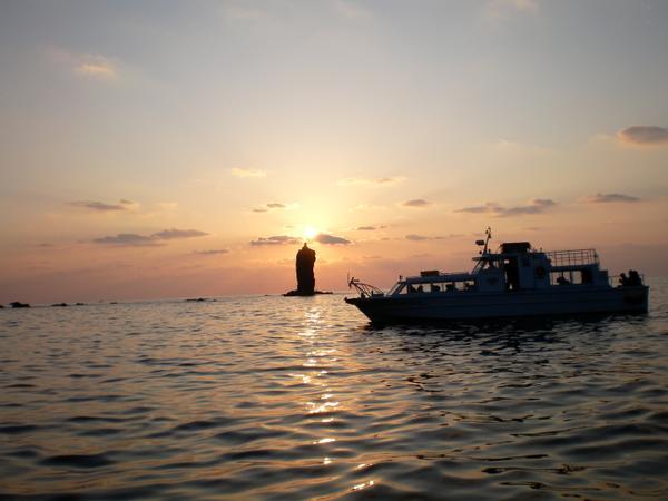 ローソク島遊覧船 image