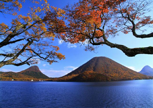 ทะเลสาบฮารุนะโกะ image