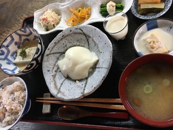 豆腐料理 Umeda屋 image