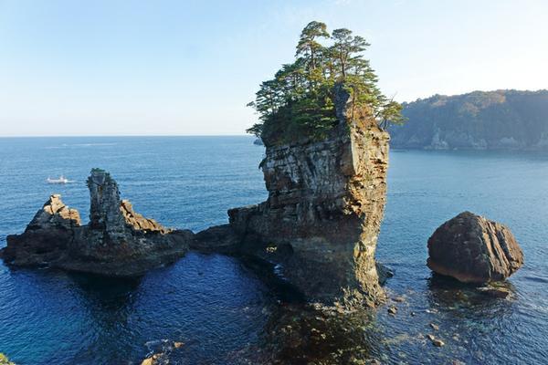 三王岩 image
