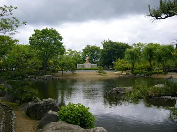 紫式部公園 image