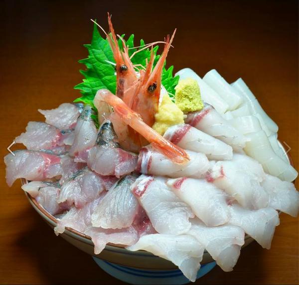 氷見・魚市場食堂 image