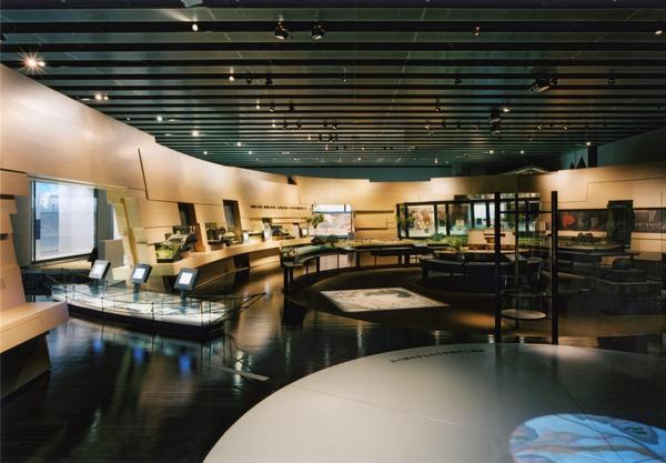 山梨県立博物館 image