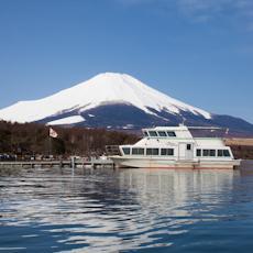 เรือท่องเที่ยวทะเลสาบยามานากะ image