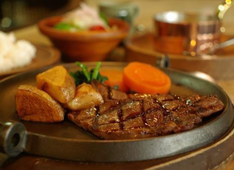 Beef Club Noel image