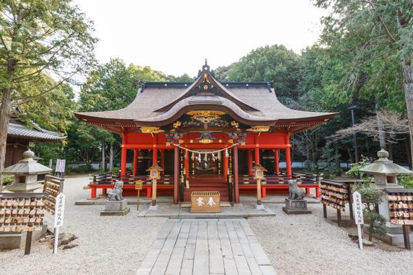 六所神社 image