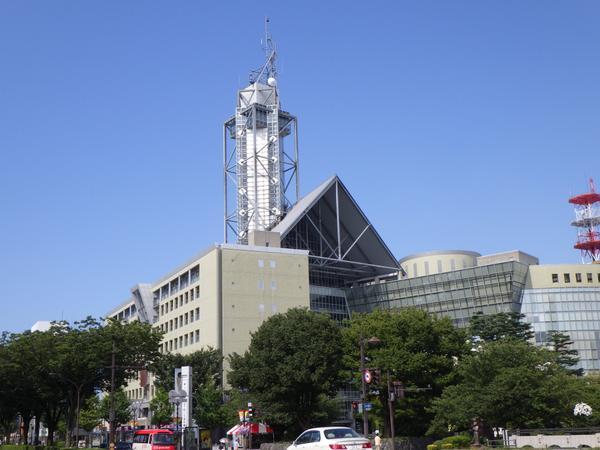 富山市役所展望塔 image