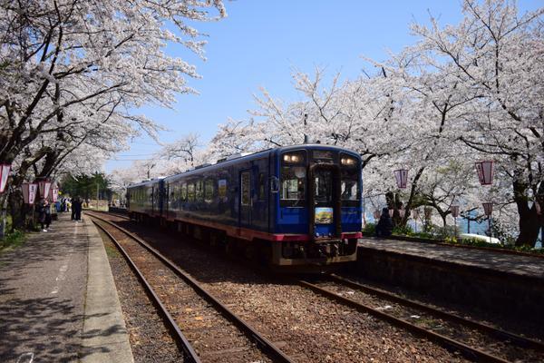 のと鉄道 能登鹿島駅 image
