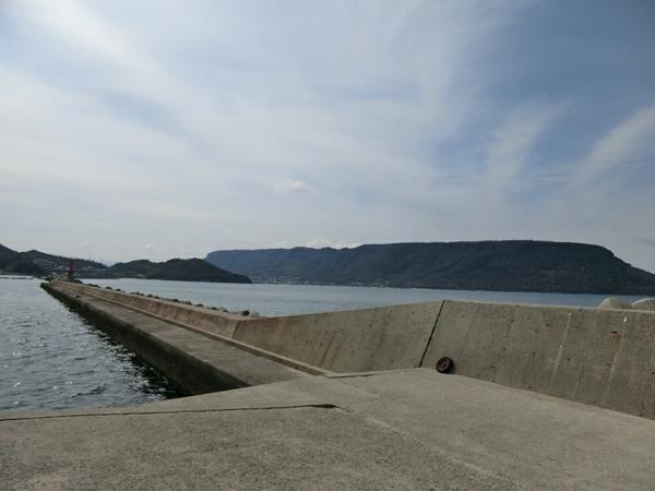 王の下沖防波堤 image