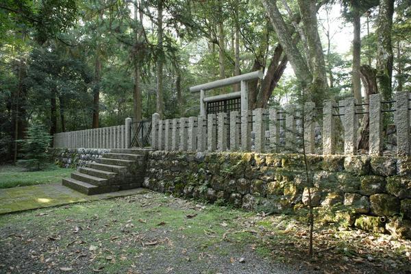安徳天皇陵墓参考地(横倉山県立自然公園) image