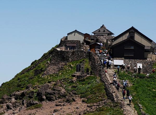 月山神社本宮 image
